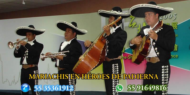 Mariachis en Héroes de Padierna
