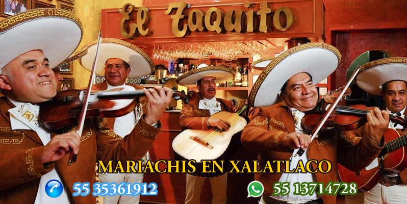 Mariachis en Xalatlaco
